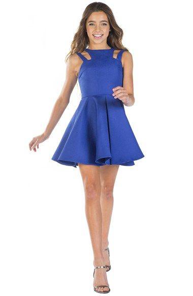 Mezuniyet Elbise Modelleri Saks Mavi Kısa Kloş Etek Omzu Açık Çift Askılı