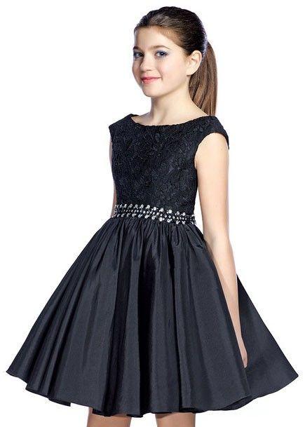 Çocuk Abiye Kıyafet Modelleri Modelleri Siyah Kısa Kolsuz Dantel Güpür Kumaş Beli Taş Kemerli