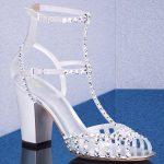 Stiletto Ayakkabı Modelleri Beyaz Topuklu Kafes Taş İşlemeli