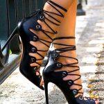 Topuklu Ayakkabı Modelleri Siyah Çapraz İp Bağcıklı