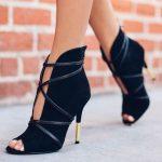 Topuklu Ayakkabı Modelleri Siyah Çapraz İp Bağlamalı