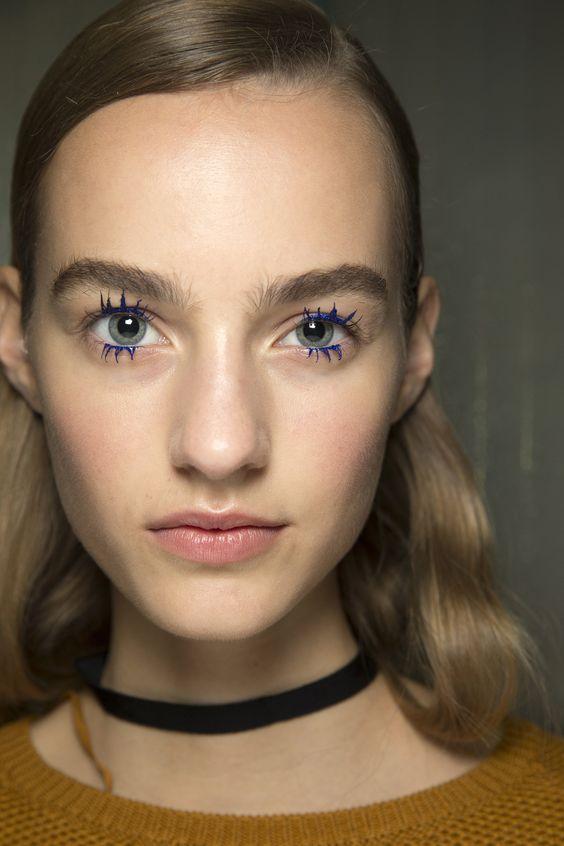 Alt Kirpikler İçin Göz Makyajı