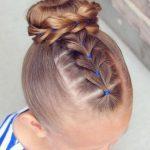Çocuk Saç Modelleri Topuz Kalpli Lastikli
