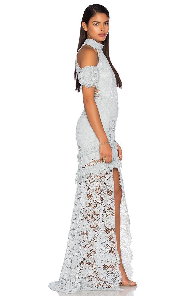 2020 Abiye Modelleri Ünlü Markaların Son Moda Gece Elbiseleri ALEXİX dantel işlemeli Önden yırmaçlı_Fransız Danteli