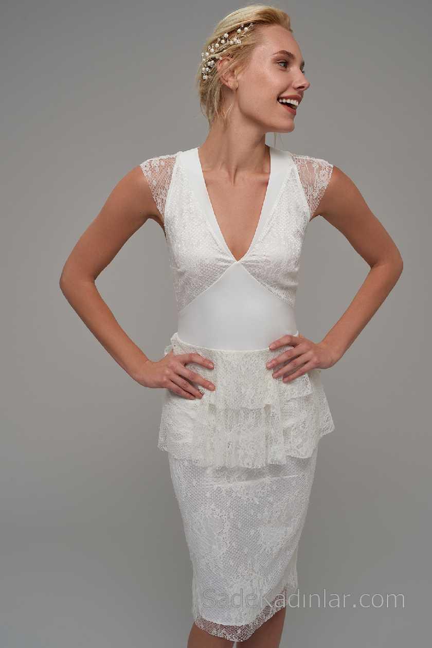 2021 Beyaz Elbise Modelleri V Yakalı Kolsuz Dantelli