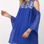 2018 Şifon Elbise Modelleri Saks Mavi Kısa Düşük Kol Yakası Güpür Dantelli