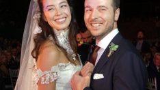 Azra Akın Eşi İle Yaptığı Dans Şov Sosyal Medyayı Salladı!