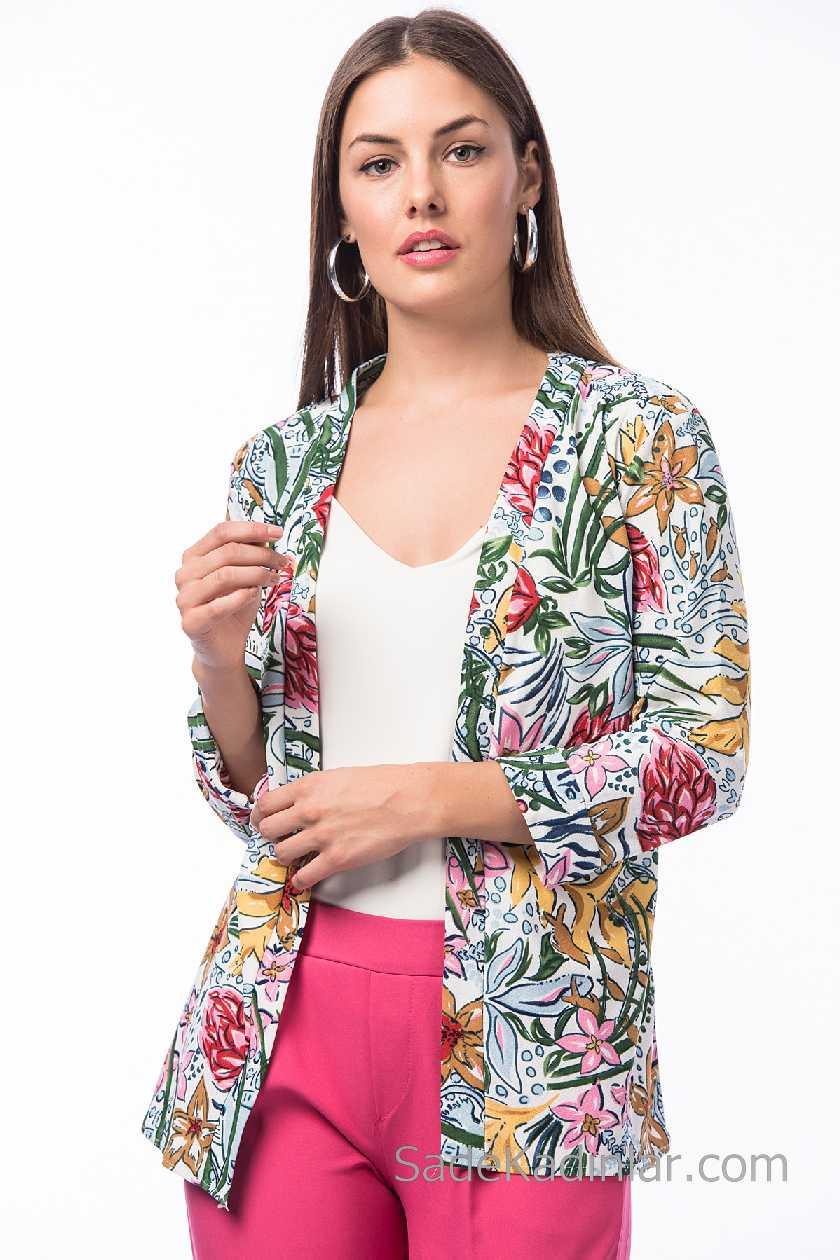 2019 Yaz Modası : Beyaz Ceketler