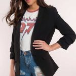 Blazer Ceket Siyah Cep Detaylı Şortlu Kombin