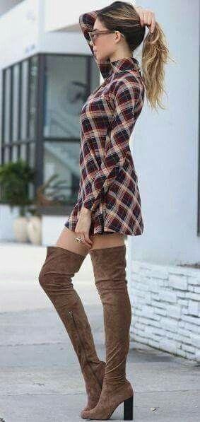 2020 Kış Kombinleri Dizüstü Çizme Kahverengi Süet Ekose Desenli Kısa Elbise