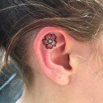 Küçük Dövme Modelleri Tattoo Çiçek Figürlü Kulak Dövmeleri