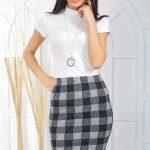 Midi Boy Etek Modelleri Siyah Ekose Desenli Beyaz Bluz Kombin