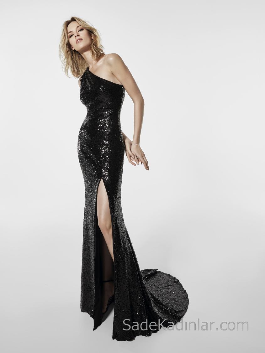 Pronovias 2018 Abiye Modelleri Siyah Uzun Balık Tek Omuz Yırtmaçlı Pullu