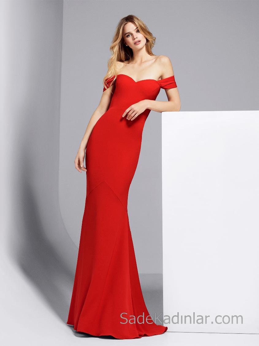 1fce02823850d Pronovias 2018 Kırmızı Elbise Modelleri Uzun Kalp Yakalı Düşük Omuzlu Sade  ve Şık