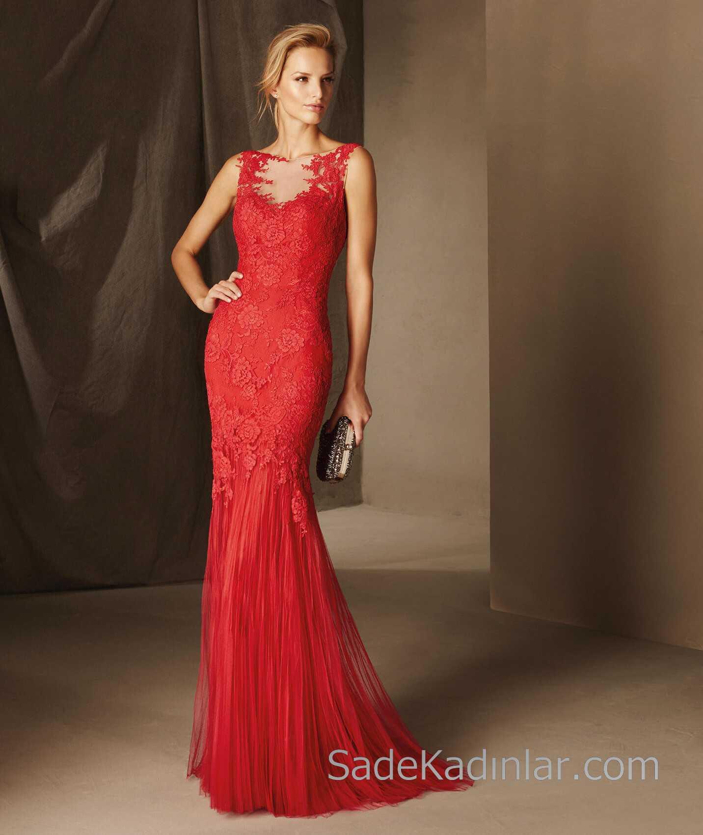 d818759dc14ae Pronovias 2018 Kırmızı Elbise Modelleri Uzun Kolsuz Güpür Dantelli