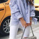 2021 Günlük Kombinler Beyaz Yırtık Pantolon Mavi Çizgili Askılı Gömlek