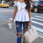 2021 Günlük Kombinler Lacivert Kot Yırtık Pantolon Beyaz Straplez Bluz