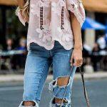 2019 Günlük Kombinler Mavi Yırtık Kot Pantolon Pembe Straplez İşlemeli Gömlek