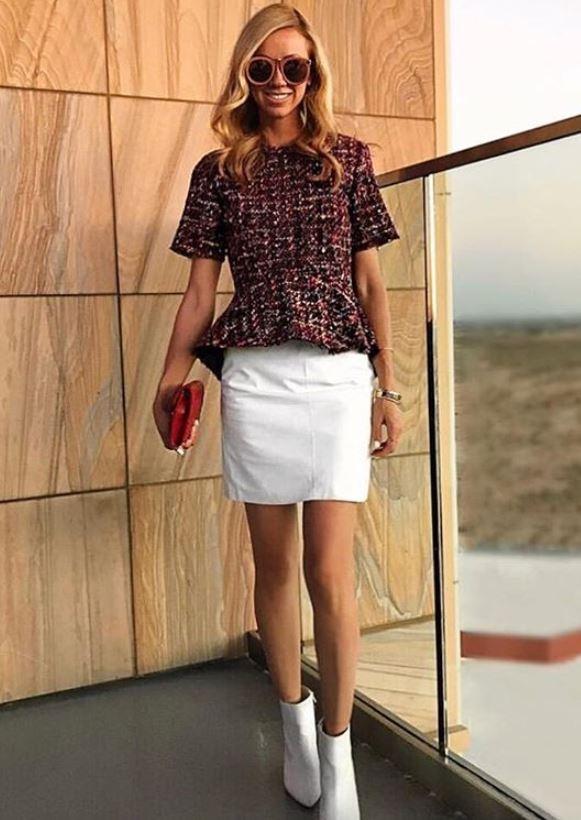 2020 Sokak Modası Trendleri Beyaz Kısa Etek Bordo Kısa Kollu Etekleri Fırfırlı Bluz