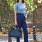 2019 Sokak Modası Trendleri Lacivert bol Kesim Kumaş Pantolon Gri Triko Kısa Kollu Kazak