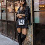 2019 Sokak Modası Trendleri Siyah Kısa Puantiyeli V Yakalı Elbise Siyah Kısa Deri Ceket