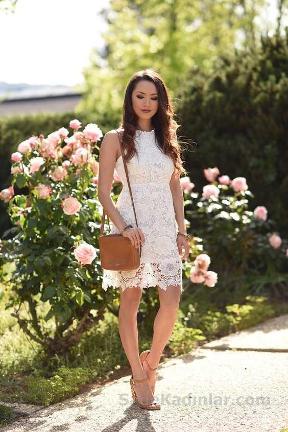 2019 Yazlık Elbise Modelleri Bej Kısa Kolsuz Güpür Dantel Elbise