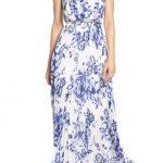 2020 Yazlık Çiçekli Şifon Elbise Modelleri Beyaz Uzun Kolsuz Çiçek Desenli