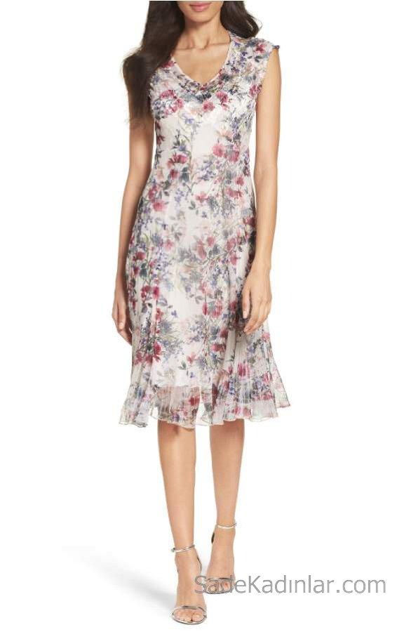 2019 Yazlık Çiçekli Şifon Elbise Modelleri Krem Kısa V Yakalı Kolsuz Çiçek Desenli