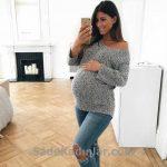 Hamile Kıyafetleri Mavi Yırtık Kot Pantolon Gri Omzu Açık Kazak