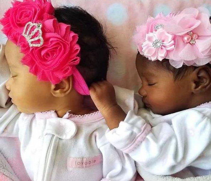 Evet Bu Bebekler İkiz Kardeş Yanlış Okumadınız!