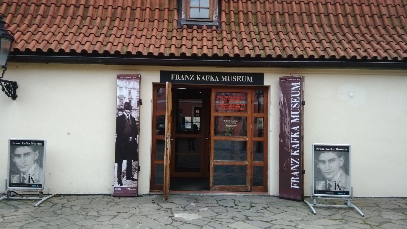 Franz Kafka kimdir