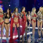 2017 Victoria's Secret Moda Show Nefesleri Kesti