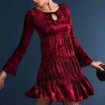 Kadife Elbise Kısa Yakası Bağcıklı Kloş Etekli