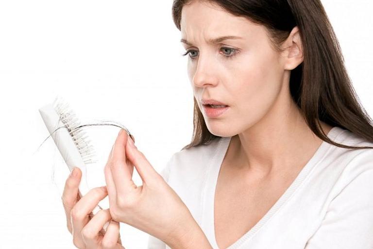 Saç Dökülmesine Ne iyi Gelir Saç Dökülmemesi İçin Gerekli Vitaminler