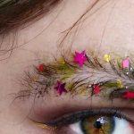 Son Moda Makyaj Trendi Yılbaşı Ağacı Görünümlü Kaşlar!