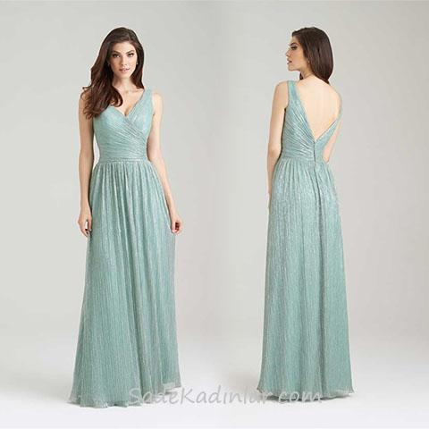 2020 Abiye Elbise Modelleri Yeşil Uzun Askılı Sırt Dekolteli