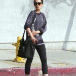 Ünlü Manken ve Modellerin Spor Giyim Stilleri Lily Collins