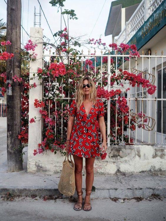 Uzun Çiçekli Elbise Modelleri 2019 Yaz Modası Trendleri