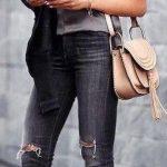 2020 İlkbahar/Yaz Kıyafet Kombinleri Siyah Skinny Pantolon Gri Askılı Bluz