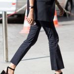 2020 İlkbahar/Yaz Kıyafet Kombinleri Siyah Kumaş Pantolon Siyah Ceket Siyah Topuklu Ayakkabı