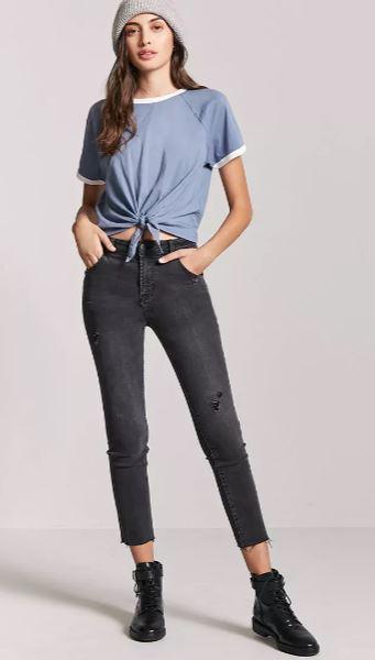 2018 Günlük Kombinler - Outfit Siyah Pantolon Mavi Kısa Kollu Göbekten Bağlamalı Bluz