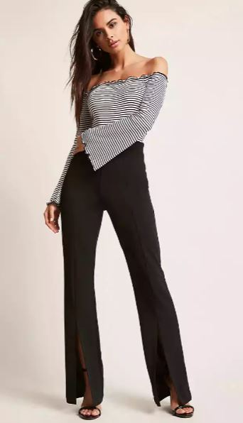 2020 Günlük Spor Kombinler - Outfit Siyah Yırtmaçlı Pantolon Siyah Çizgi Desenli Omzu Açık Uzun Kollu Bluz