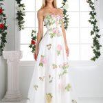 Uzun Abiye Elbise Modelleri Düğünlerin Vazgeçilmez Kıyafetleri Beyaz Uzun Straplez Pembe Çiçek İşlemeli