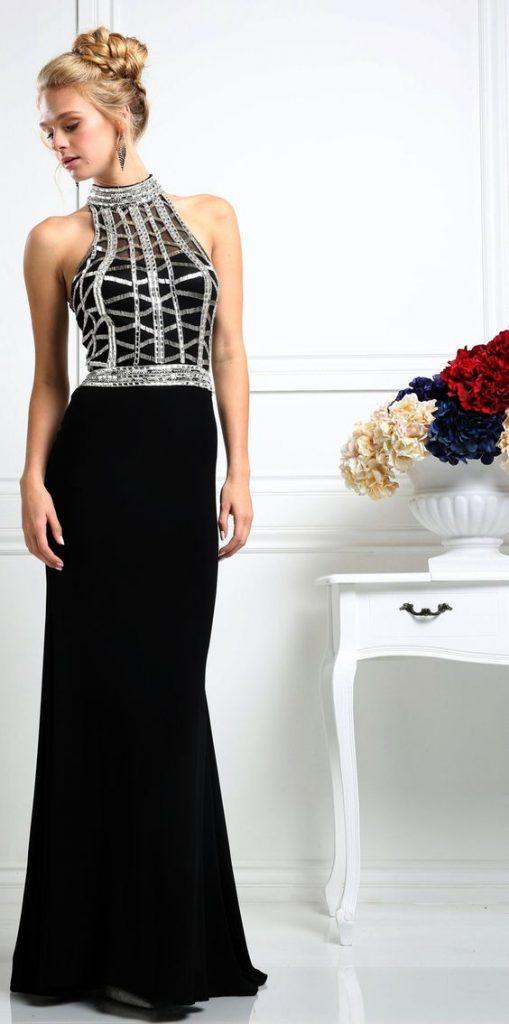 Uzun Abiye Elbise Modelleri Düğünlerin Vazgeçilmez Kıyafetleri Siyah Uzun Halter Yaka Üst Kısmı Boncuk İşlemeli