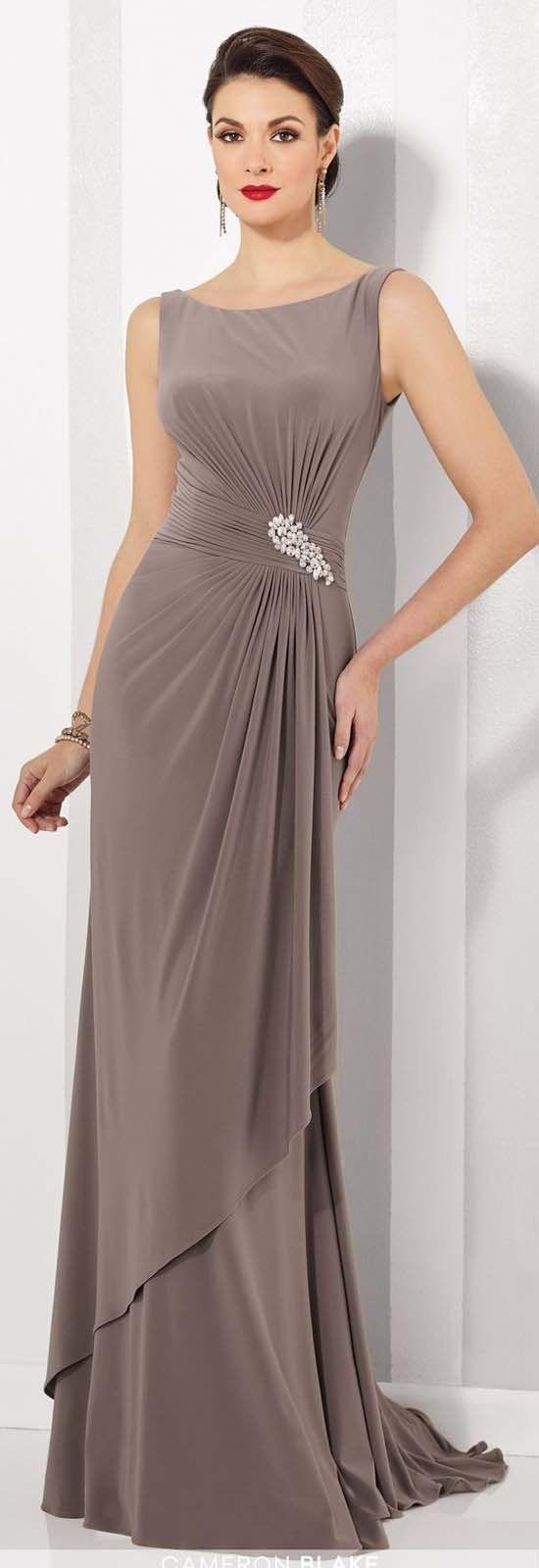 Uzun Abiye Elbise Modelleri Düğünlerin Vazgeçilmez Kıyafetleri Vizon Uzun Kolsuz Belinde Taş İşlemeli