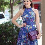 2020 Yazlık Kısa Elbise Modelleri Lacivert Kısa Halter Yaka Çiçek Desenli