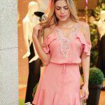2020 Yazlık Kısa Elbise Modelleri Pembe Kısa Transparan Yaka Fırfırlı Etekli İp Kemer Detaylı