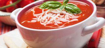 Domates Çorbası Sıcacık İçinizi Isıtacak Çorba Tarifi