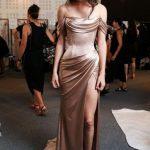 Saten Elbise Modelleri Vizon Uzun Omzu Açık Katlamalı Yaka Düşük Kol Yırtmaçlı