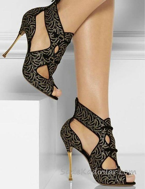 Topuklu Ayakkabı Modelleri Siyah Önü Açık Desenli